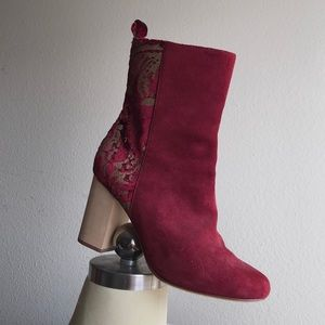 SIZE 9 Red Heel Boot with Gold Accent